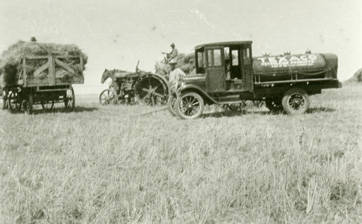 Fuel_delivery_to_the_Cliff_Coe_farm_Rosalia_Washington_1924