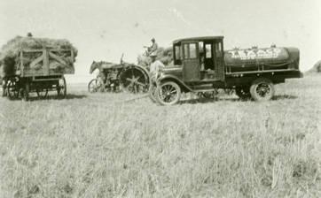 Fuel_delivery_to_the_Cliff_Coe_farm_Rosalia_Washington_1924