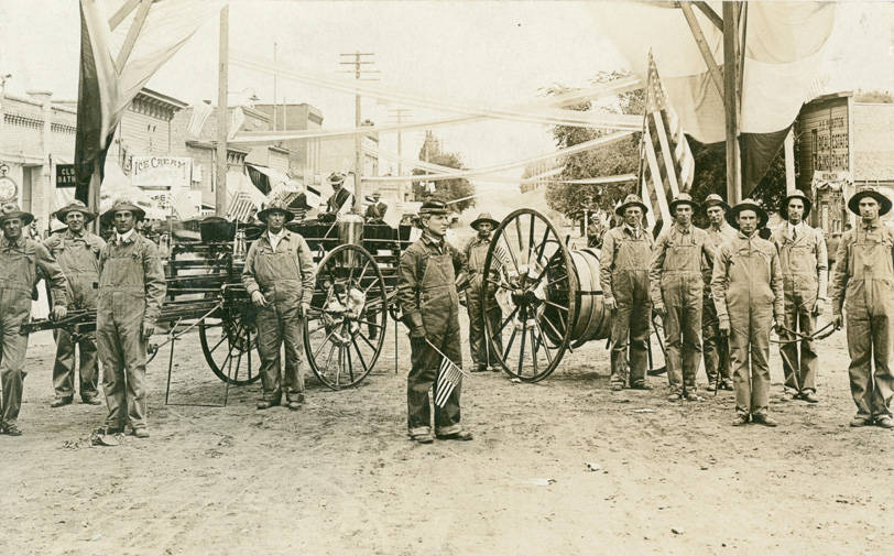 Fire_department_of_Rosalia_Washington_circa_1910