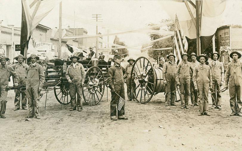 Fire_department_of_Rosalia_Washington_circa_1910