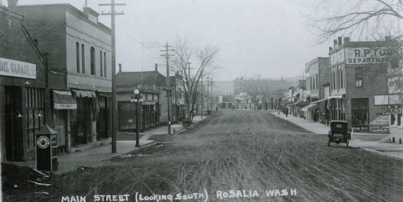 Whitman_Street_looking_south_in_Rosalia_Washington_circa_19201929