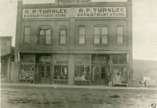 Turnley_block_building_in_Rosalia_Washington_circa_1920