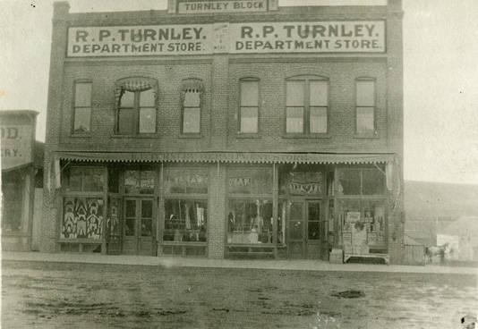 Turnley_block_building_in_Rosalia_Washington_circa_1920