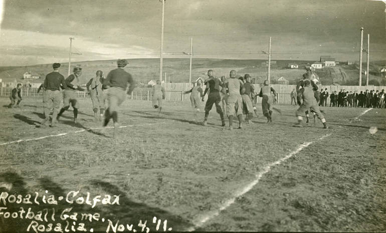 RosaliaColfax_football_game_Rosalia_Washington_1911