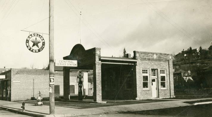 Central_Service_Station_Rosalia_Washington_1924 (4)
