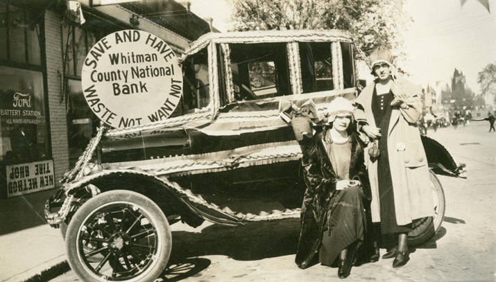 Festival_day_parade_Rosalia_Washington_1924
