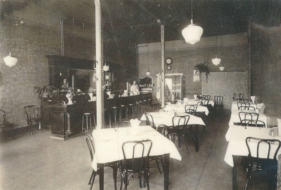 Home_City_Cafe_Rosalia_Washington_1927