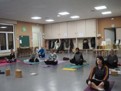Cours en groupe yoga Roanne