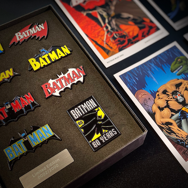 Batman Pin Badge Set