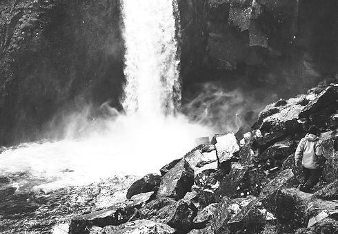 Iceland-7_edited_edited_edited.jpg