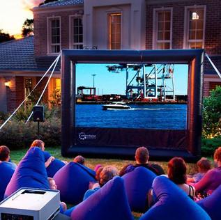 5HandiTheatre-outdoor-cinema.jpg