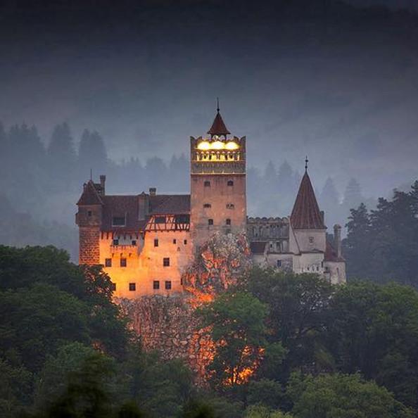 Таємнича Румунія: гори, замки, скелі