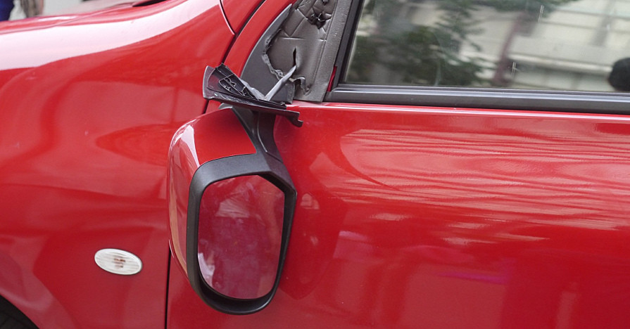 How Much does a Side Mirror Replacement Cost?