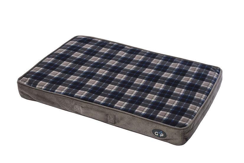 Essence Lounger Medium (56x81x8cm) Grey Check
