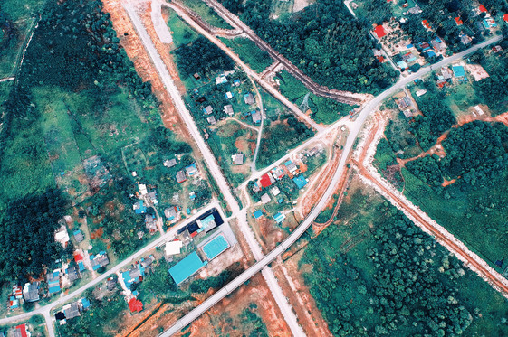 aerial-shot-bird's-eye-view-buildings-co