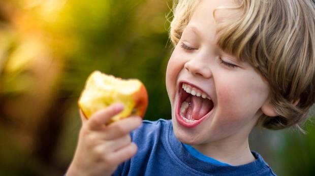 infancia-comida-sana-1-kHlH--620x349@abc