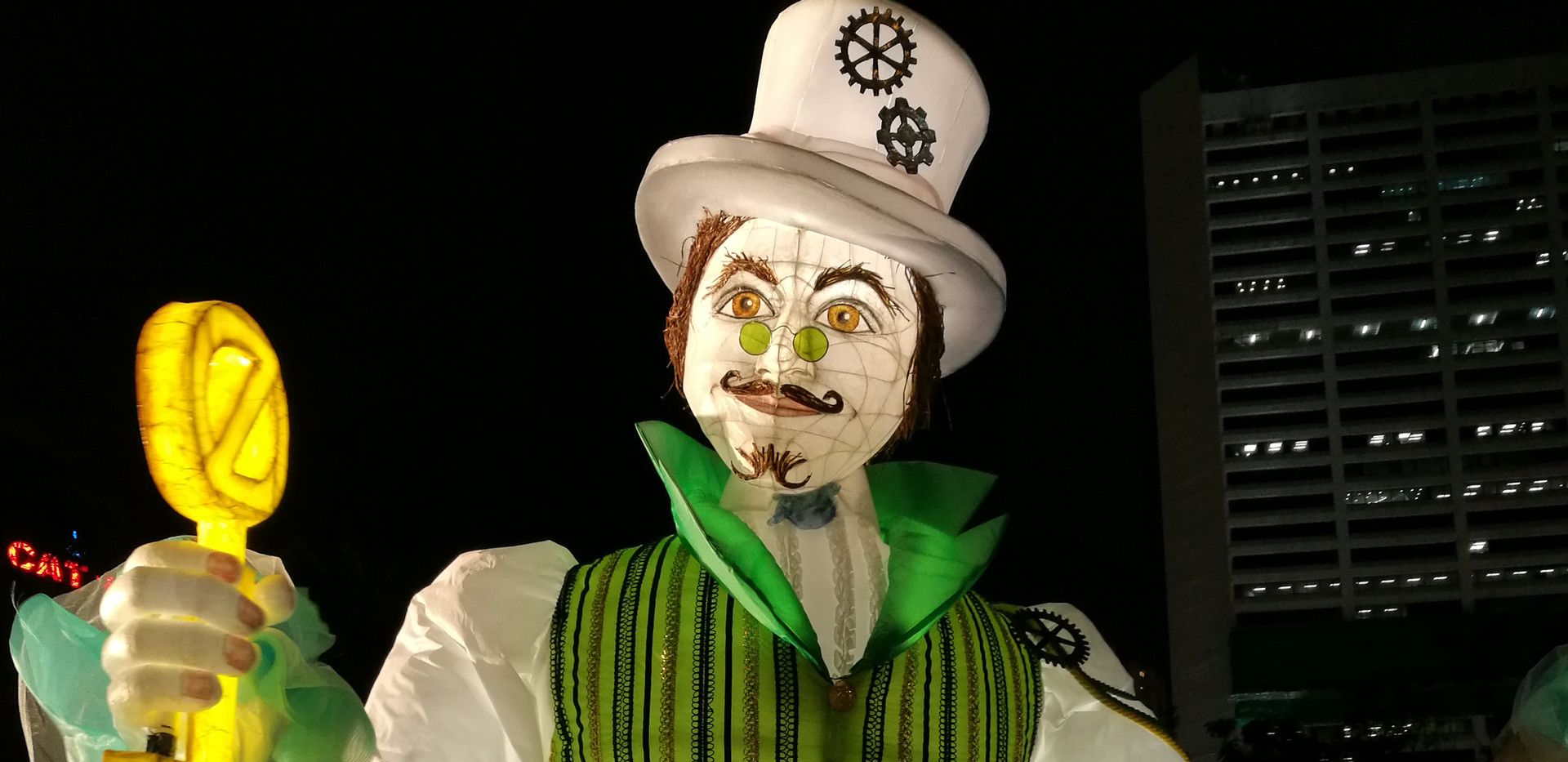 Wizard of Oz Lantern Puppet