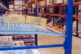 carton flow rack side view