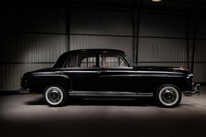 Mercedes-Benz-W180-220S-70