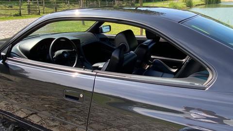 BMW-850i-automatik-E31-11