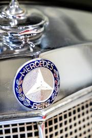Mercedes-Benz-W180-220S-47