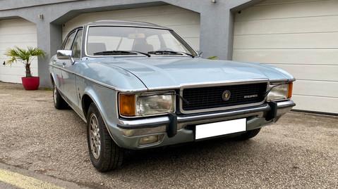 Ford-Granada-V6-26-Ghia-10