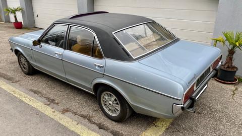 Ford-Granada-V6-26-Ghia-8