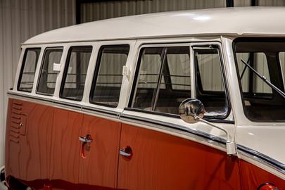 Volkswagen-Transporter-T1-15-37
