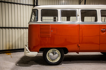 Volkswagen-Transporter-T1-15-35