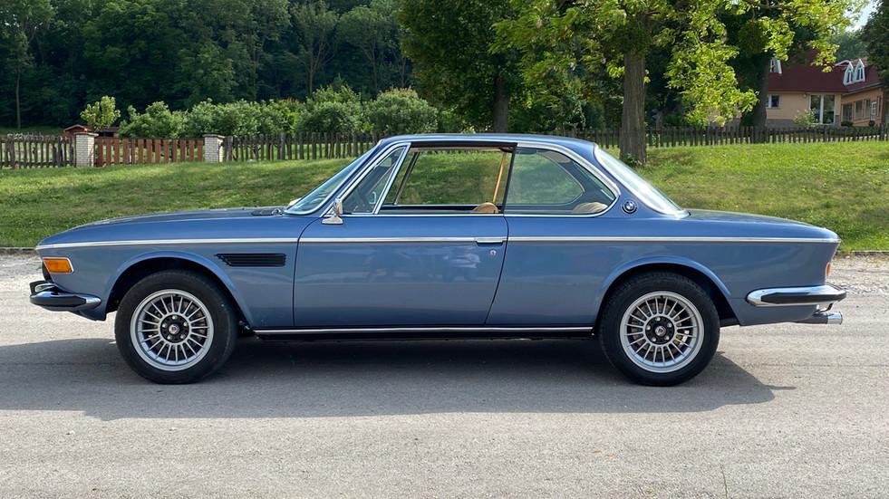 BMW E9 3.0 csi baikal blau