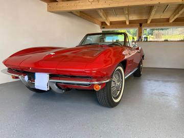 Chevrolet-Corvette-C2-Stingray-11