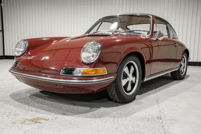Porsche-911S-1970-8