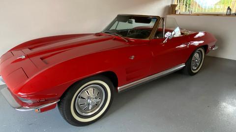 Chevrolet-Corvette-C2-Stingray-6