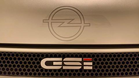 Opel Kadett GSi 16V 21