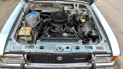 Ford-Granada-V6-26-Ghia-11