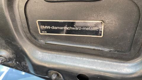 BMW-850i-automatik-E31-24