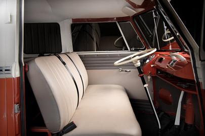 Volkswagen-Transporter-T1-15-36