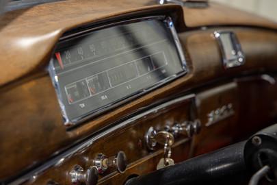 Mercedes-Benz-W180-220S-37