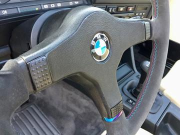 BMW E30 325 ix 13