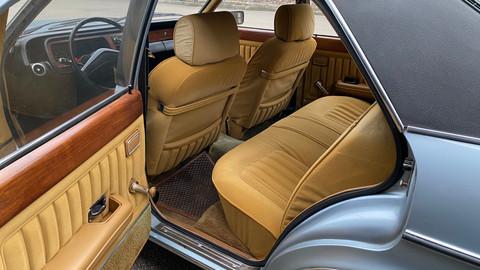 Ford-Granada-V6-26-Ghia-17