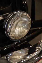 Mercedes-Benz-W180-220S-46