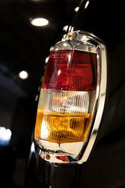 Mercedes-Benz-W180-220S-36
