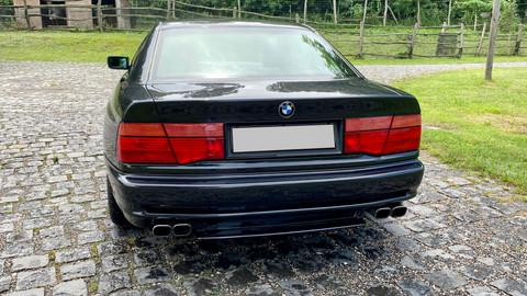 BMW-850i-automatik-E31-13