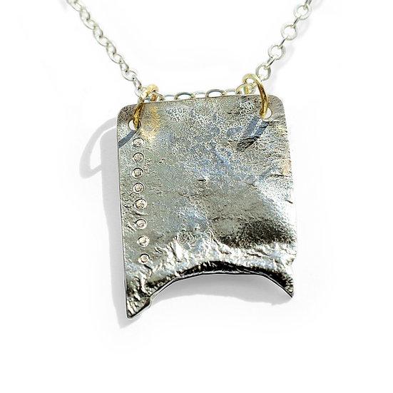 Bib with diamonds
