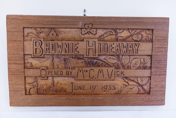 Hideaway sign.jpg