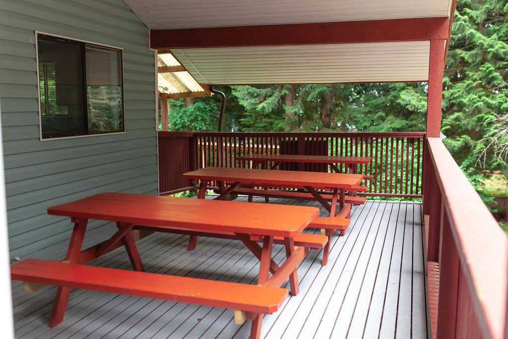 Kwi Kwa porch tables.jpg