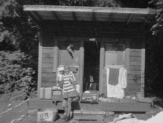 hi yu win hut 1957