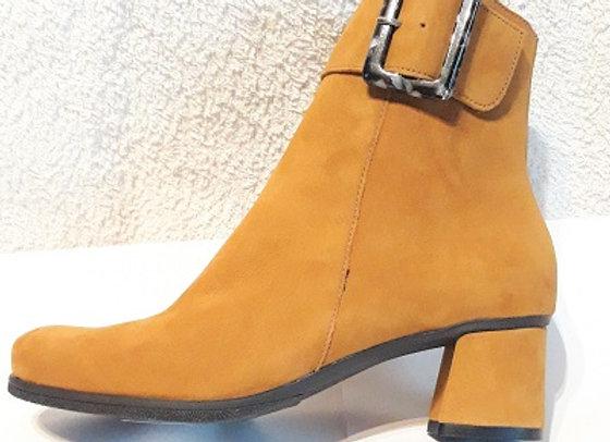 HIRICA boots AGLAE