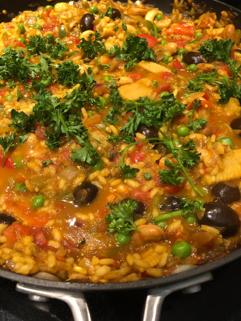 vegetarian cashew paella