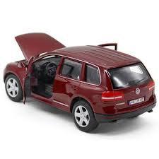 Volkswagen Touareg - miniatura em escala 1/24 da Bburago